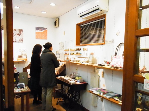 taneumu雑貨展~てづくり作家の作品展でギャラリー内の様子