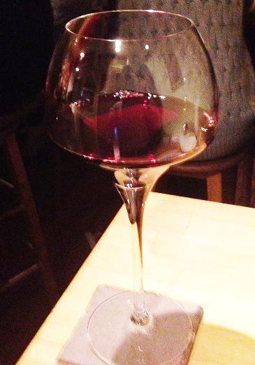 ボナセリーナさんで注文した赤ワイン、ガメイ
